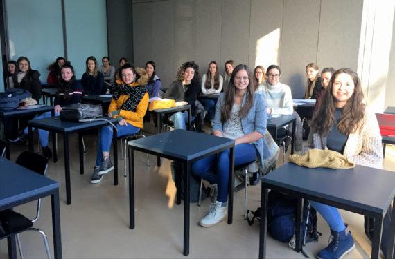 """Esami """"Yoga per Bambini"""" all'Università di Bolzano"""